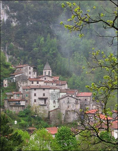 Equi Terme, lunigiana, winter